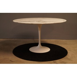 Table Knoll Design Saarinen 1970