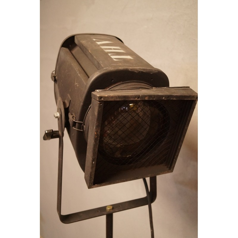 Lampadaire projecteur de th tre cin ma 1960 kustom design for Projecteur de salon